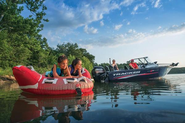 2019 Tracker Boats boat for sale, model of the boat is Pro Guide V-175 Combo & Image # 15 of 21