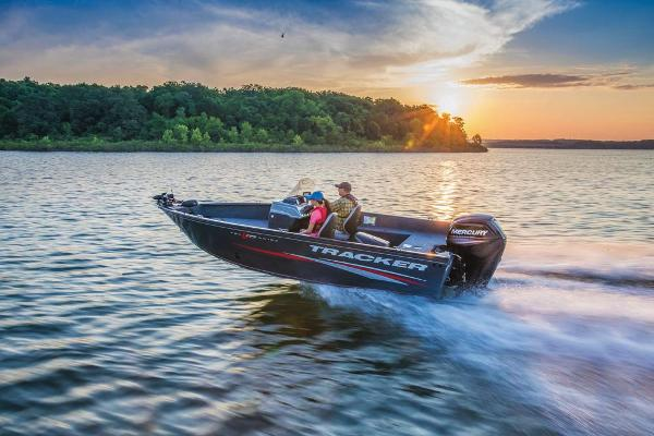 2019 Tracker Boats boat for sale, model of the boat is Pro Guide V-175 SC & Image # 8 of 16