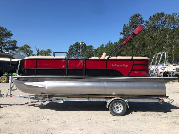 2021 Bentley boat for sale, model of the boat is 200 Navigator & Image # 7 of 31