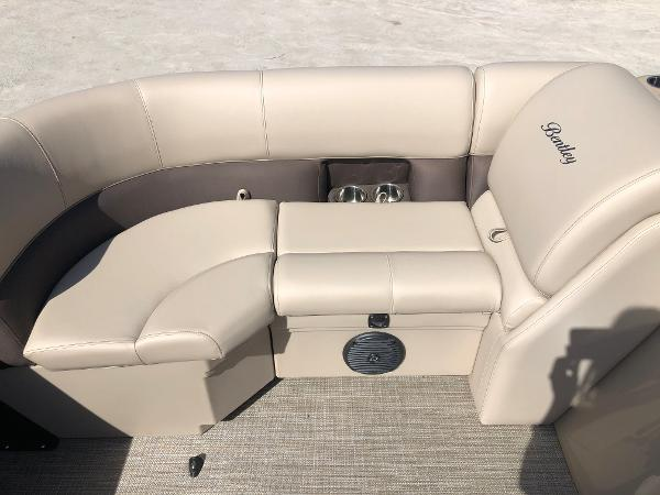 2021 Bentley boat for sale, model of the boat is 200 Navigator & Image # 15 of 31