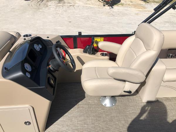 2021 Bentley boat for sale, model of the boat is 200 Navigator & Image # 22 of 31