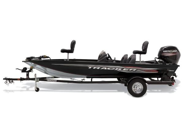 2019 Tracker Boats boat for sale, model of the boat is Pro Team 190 TX & Image # 2 of 8