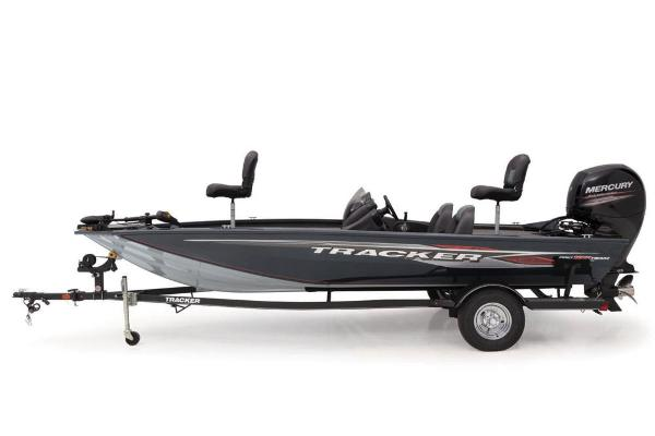 2019 Tracker Boats boat for sale, model of the boat is Pro Team 195 TXW & Image # 4 of 8