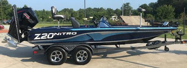 2022 Nitro boat for sale, model of the boat is Z20 Pro & Image # 2 of 13