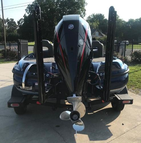 2022 Nitro boat for sale, model of the boat is Z20 Pro & Image # 3 of 13