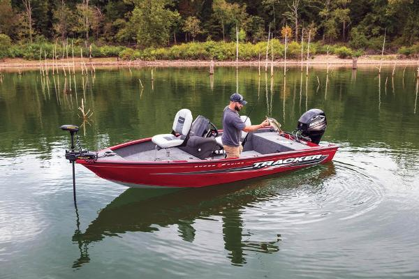 2019 Tracker Boats boat for sale, model of the boat is Super Guide V-16 SC & Image # 6 of 19