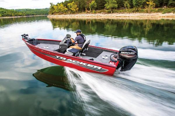 2019 Tracker Boats boat for sale, model of the boat is Super Guide V-16 SC & Image # 11 of 19