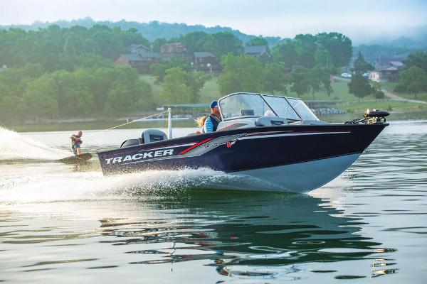 2019 Tracker Boats boat for sale, model of the boat is Targa V-18 Combo & Image # 3 of 22