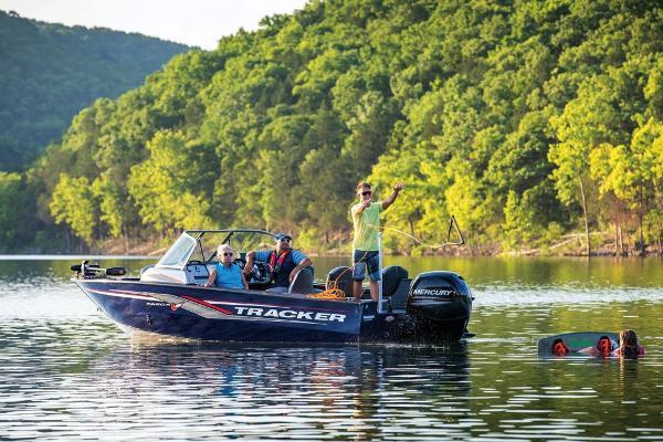 2019 Tracker Boats boat for sale, model of the boat is Targa V-18 Combo & Image # 6 of 22