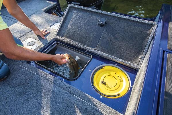 2019 Tracker Boats boat for sale, model of the boat is Targa V-18 Combo & Image # 7 of 22