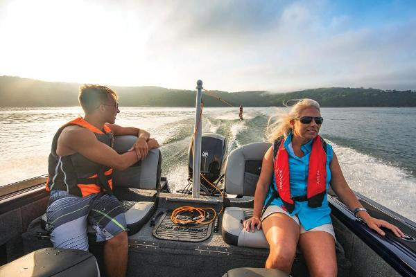 2019 Tracker Boats boat for sale, model of the boat is Targa V-18 Combo & Image # 11 of 22