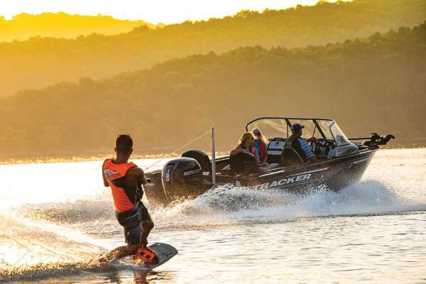 2019 Tracker Boats boat for sale, model of the boat is Targa V-18 Combo & Image # 14 of 22