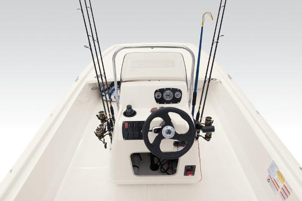 2021 Mako boat for sale, model of the boat is Pro Skiff 19 CC & Image # 39 of 54