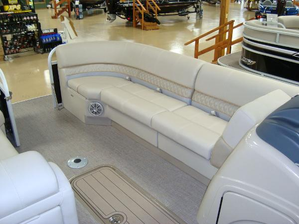 2020 Ranger Boats boat for sale, model of the boat is RP243C & Image # 3 of 23