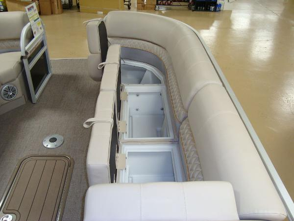 2020 Ranger Boats boat for sale, model of the boat is RP243C & Image # 7 of 23