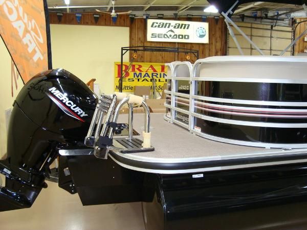 2020 Ranger Boats boat for sale, model of the boat is RP243C & Image # 18 of 23
