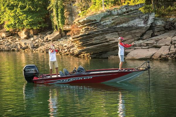 2019 Tracker Boats boat for sale, model of the boat is Pro Team 195 TXW Tournament Edition & Image # 2 of 22