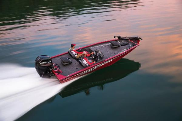 2019 Tracker Boats boat for sale, model of the boat is Pro Team 195 TXW Tournament Edition & Image # 4 of 22