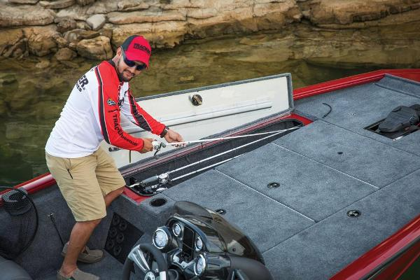 2019 Tracker Boats boat for sale, model of the boat is Pro Team 195 TXW Tournament Edition & Image # 15 of 22