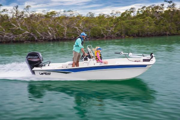 2019 Mako boat for sale, model of the boat is Pro Skiff 17 CC & Image # 2 of 52