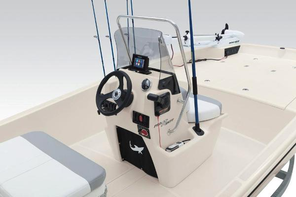 2019 Mako boat for sale, model of the boat is Pro Skiff 17 CC & Image # 24 of 52