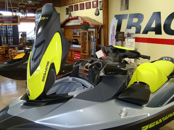 2021 Sea Doo PWC boat for sale, model of the boat is GTI SE 130 W/S & Image # 4 of 9