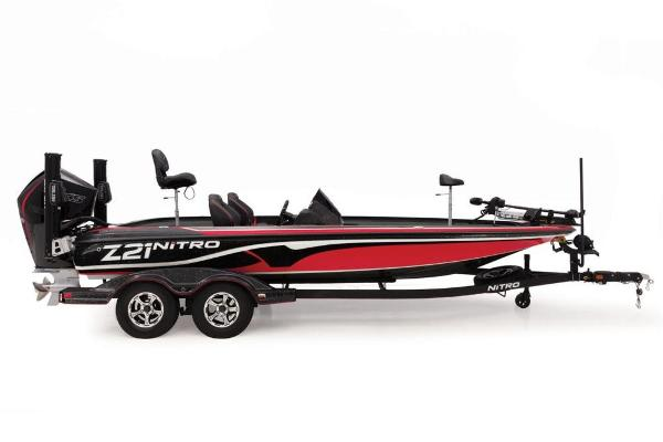 2019 Nitro boat for sale, model of the boat is Z21 Pro & Image # 2 of 17