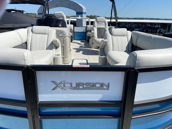 2021 Xcursion 245 RFX