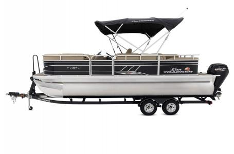 2020 Sun Tracker boat for sale, model of the boat is Signature Party Barge 22RF XP3 w/150L 4S & Image # 3 of 13