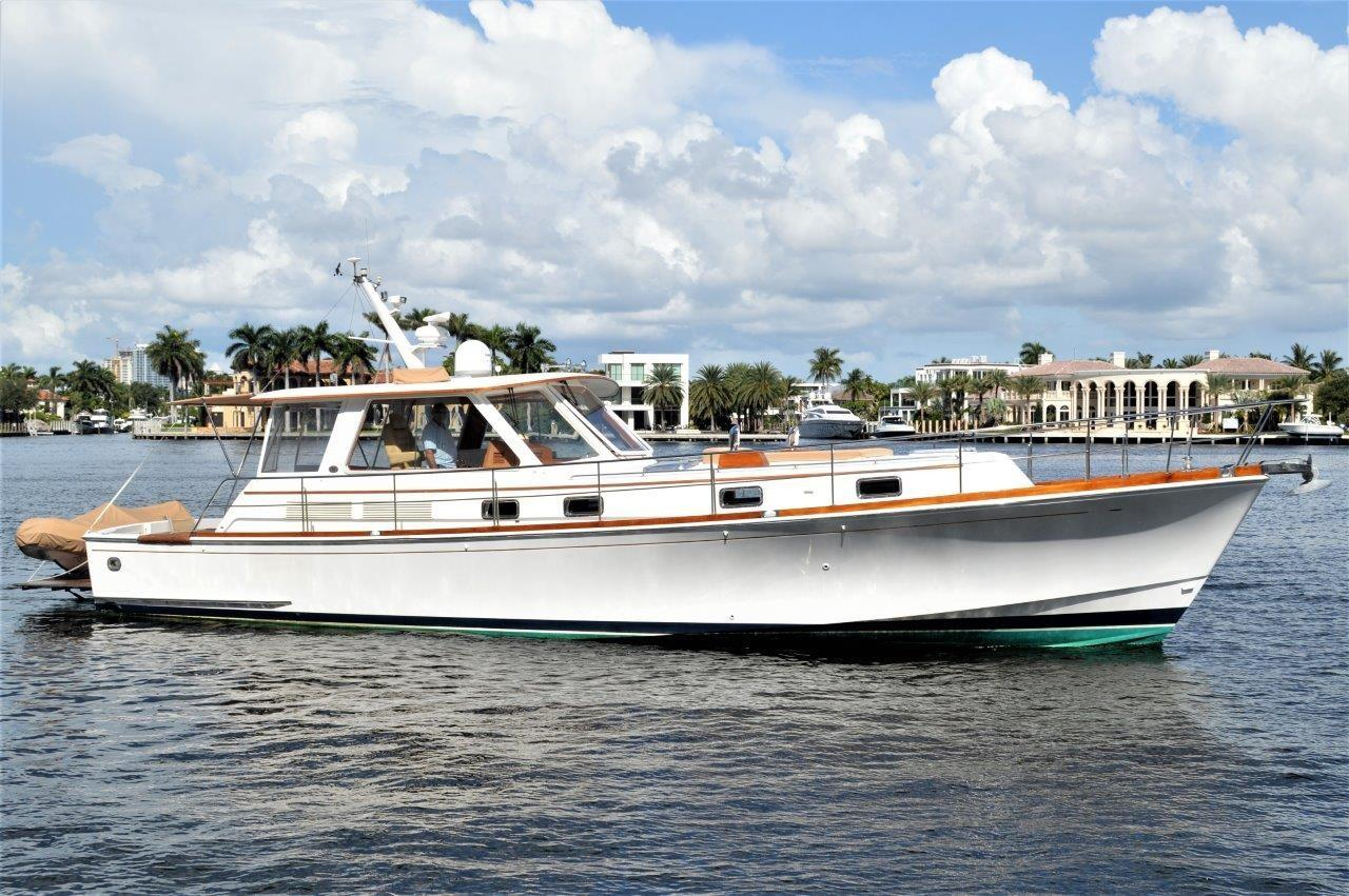 2000 Eastbay 49' ''Patricia'' - Profile