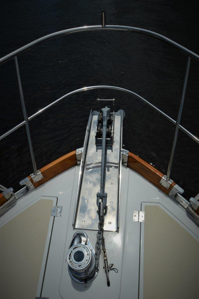 2000 Eastbay 49' ''Patricia'' - Anchor and Windlass