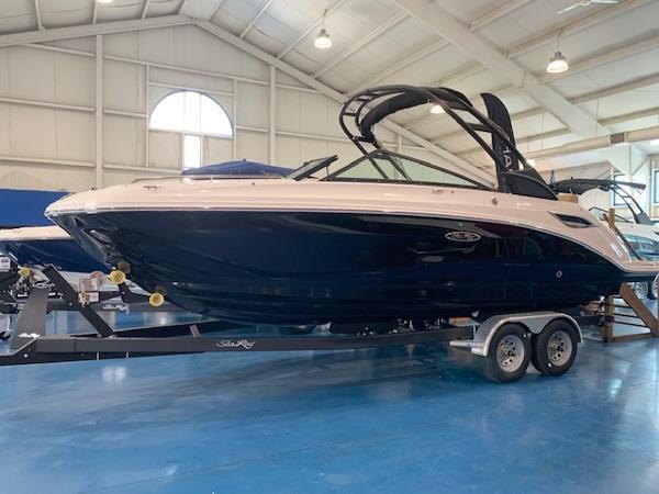 2021 Sea Ray SDX 250 thumbnail