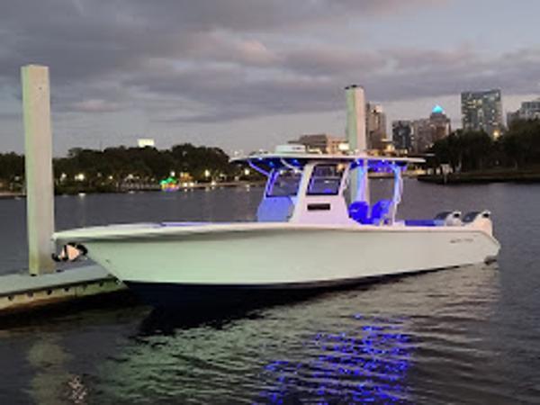 2021 Sea Pro 320