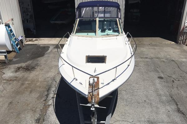 1984 Tiara Yachts boat for sale, model of the boat is 2600 & Image # 18 of 29