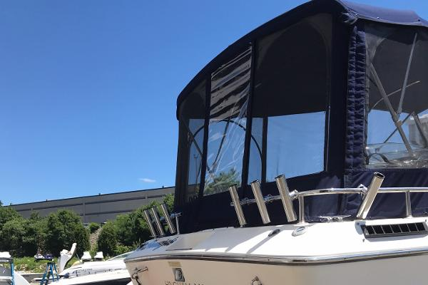 1984 Tiara Yachts boat for sale, model of the boat is 2600 & Image # 20 of 29