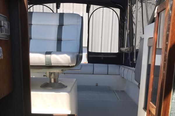 1984 Tiara Yachts boat for sale, model of the boat is 2600 & Image # 29 of 29
