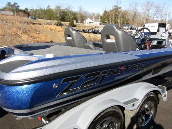 2020 Nitro boat for sale, model of the boat is Z21 & Image # 3 of 20