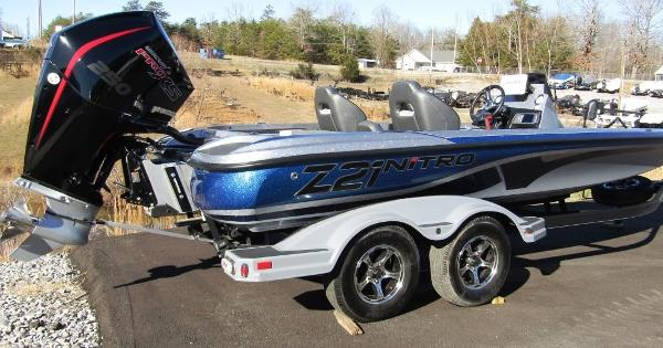 2020 Nitro boat for sale, model of the boat is Z21 & Image # 4 of 20