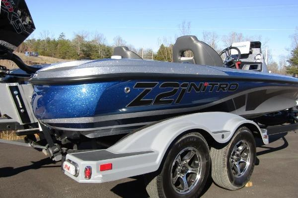 2020 Nitro boat for sale, model of the boat is Z21 & Image # 5 of 20