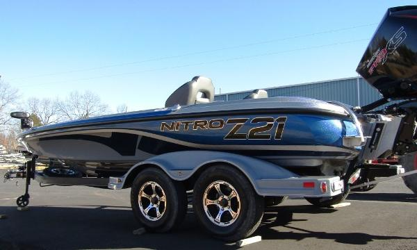 2020 Nitro boat for sale, model of the boat is Z21 & Image # 12 of 20