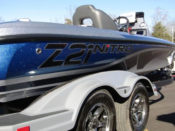 2020 Nitro boat for sale, model of the boat is Z21 & Image # 14 of 20