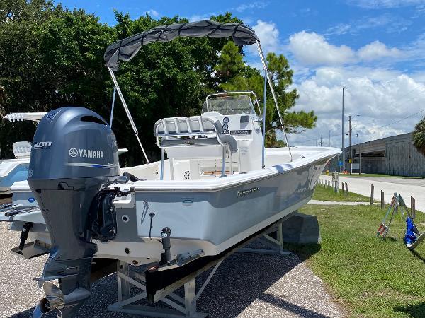 2018 TIDEWATER BOATS 2200 Carolina Bay