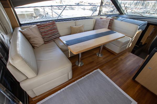 Princess Motor Yacht Sales - Used Princess V52