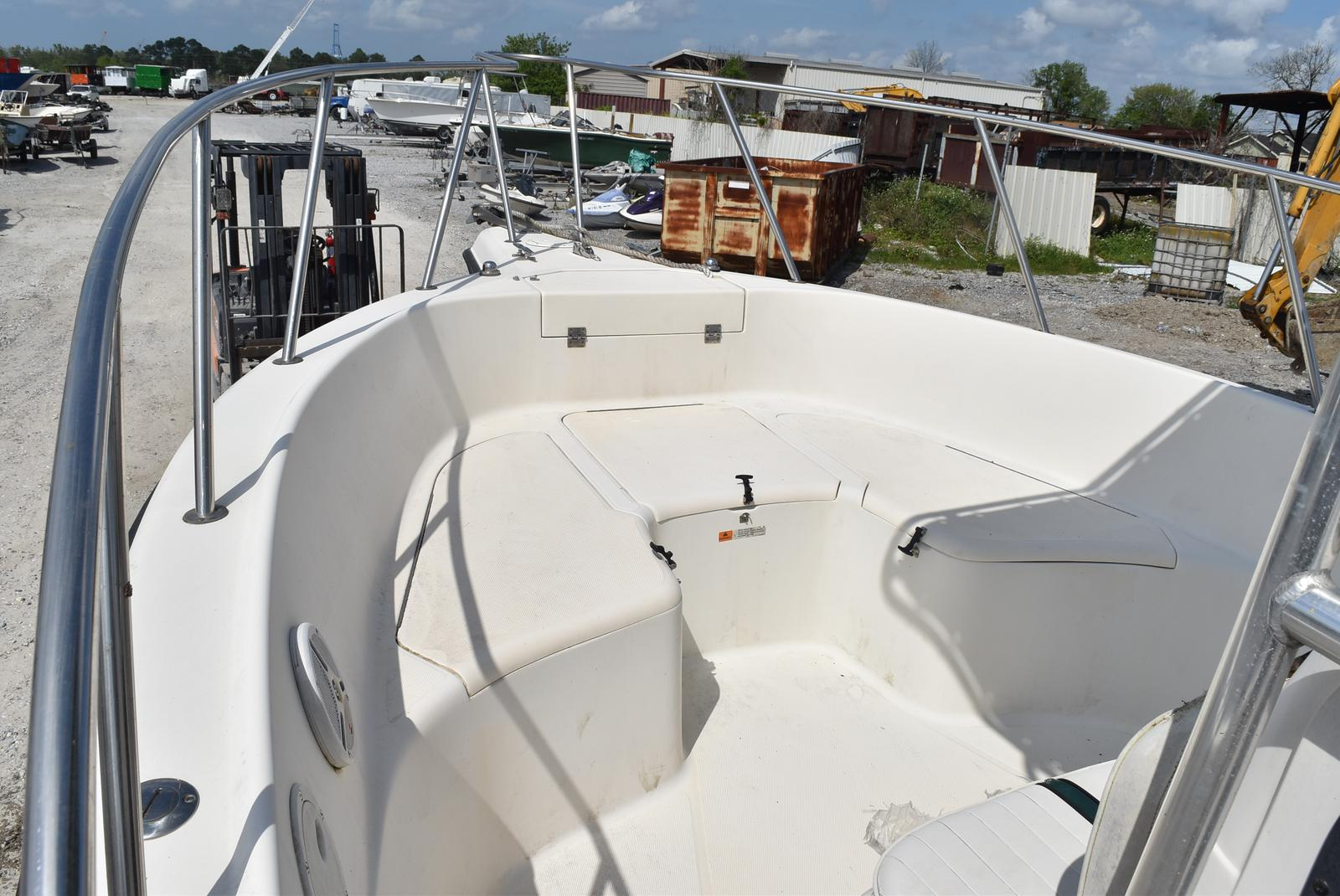 1999 Hydra-Sports boat for sale, model of the boat is 2650 & Image # 16 of 18