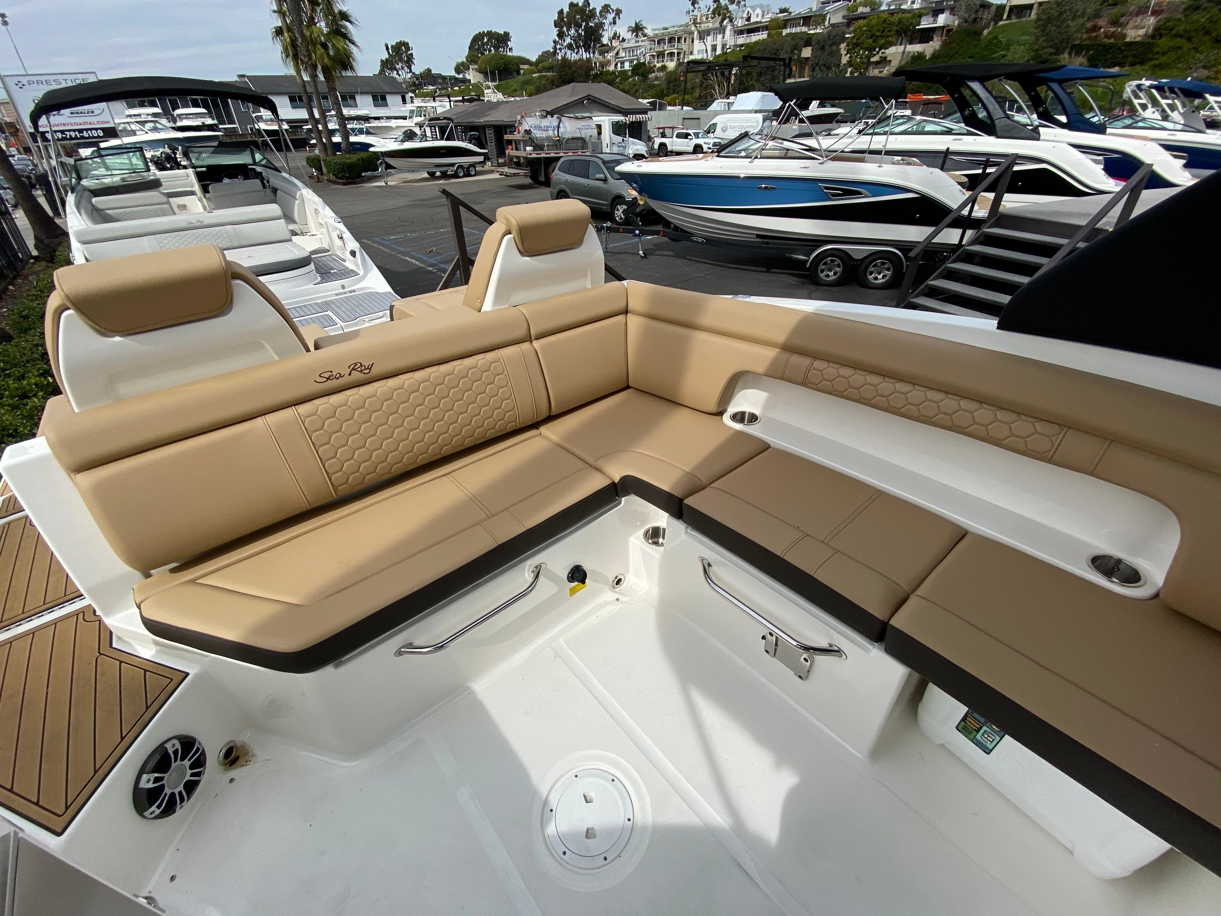 2020 Sea Ray SDX 290 #S1649K inventory image at Sun Country Coastal in Newport Beach