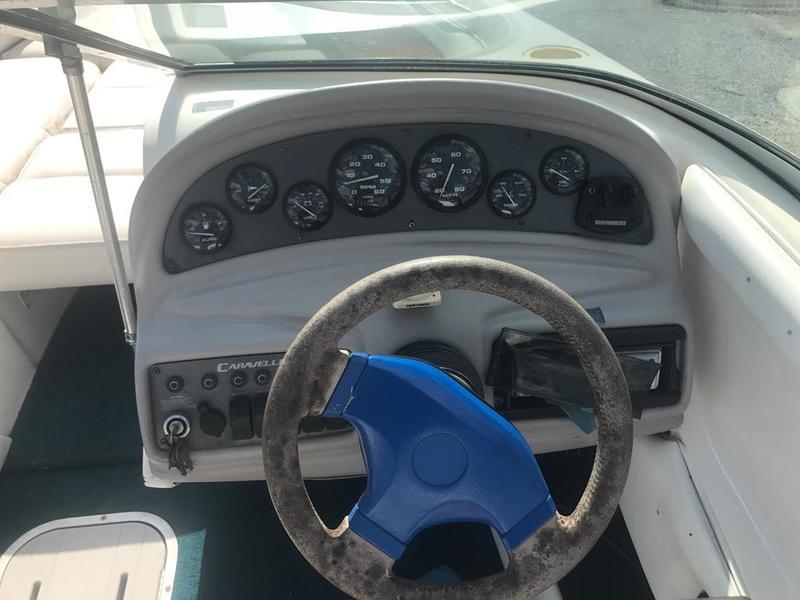 1995 Caravelle boat for sale, model of the boat is Interceptor 232 & Image # 19 of 30