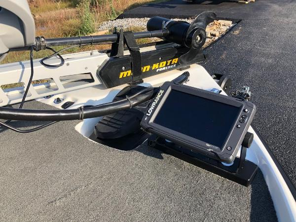 2017 Bass Cat Boats boat for sale, model of the boat is Sabre FTD & Image # 2 of 18
