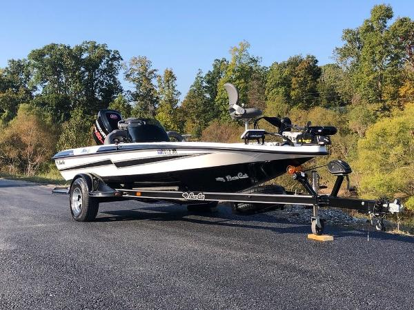 2017 Bass Cat Boats boat for sale, model of the boat is Sabre FTD & Image # 5 of 18