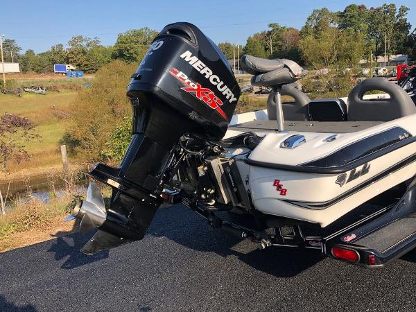 2017 Bass Cat Boats boat for sale, model of the boat is Sabre FTD & Image # 8 of 18