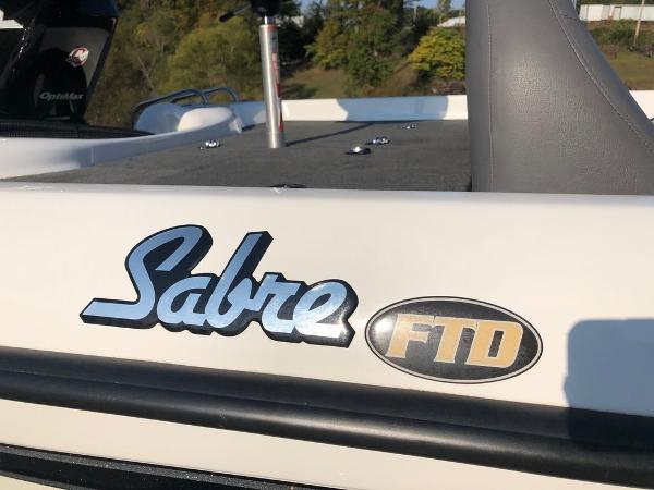 2017 Bass Cat Boats boat for sale, model of the boat is Sabre FTD & Image # 10 of 18